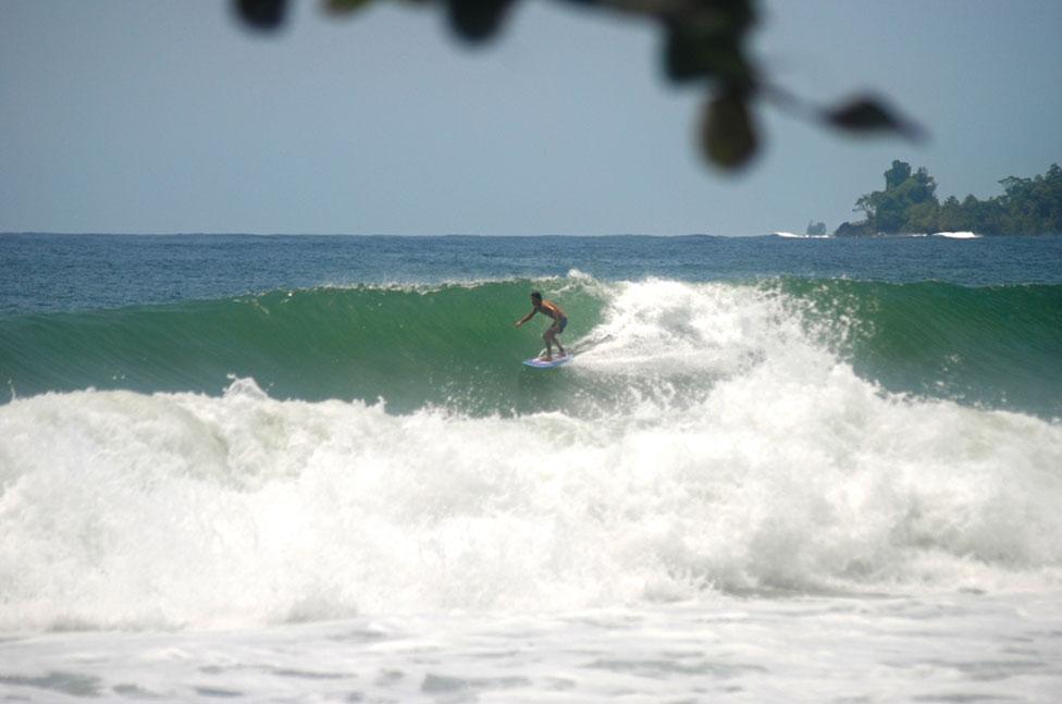 paunch-beach-isla-colon